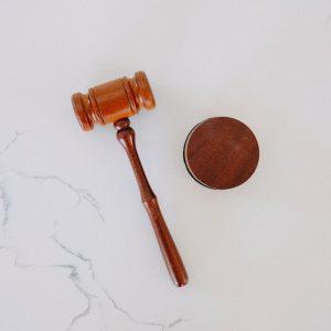 Car Crash Injury Lawyer | Wooden gavel